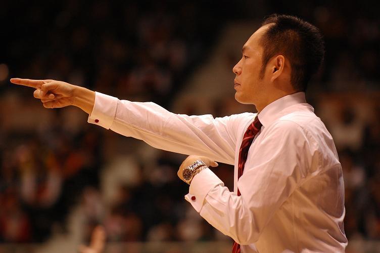 ミルウォーキー・バックス 東野智弥さんのNBAチャレンジを応援します!